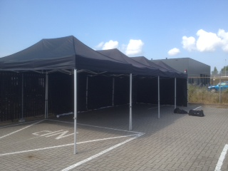 Easy up tent Zwart 4,5x12m!